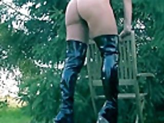 Fem Dom Pegging Servant Outdoor In Mud