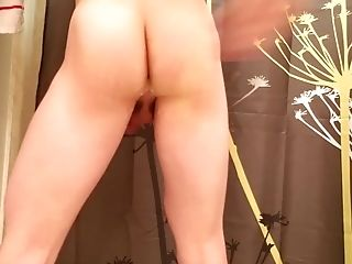 18yo Teenager Whore With A Bubble Butt-pounding Himself With Brush