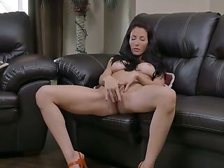 Delicious Housewife Olivia Bell Is Masturbating Moist And Whorish Vag