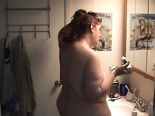 Naked Bbw Switching Hair Color Shows Big Gams, Butt And Belly - Not Hd