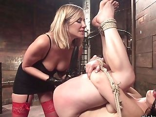 Blondie Matures Dom Butt-banging Fucks Girl-on-girl Sub