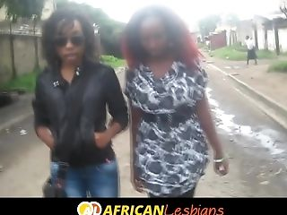 Youthful Black Lesbos Fingerblasting In Africa