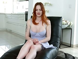 English Buxom Beauty Carly Rae Tells Some Words About Herself