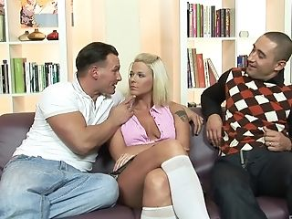 Horny Blonde Simony Diamond Lets Two Guys Fuck Her Caboose Together