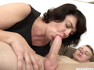 Bbw Granny Gargles His Prick To Make Him Hard For Deep Fucking