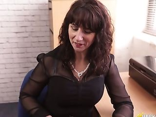 Bookkeeper Toni Lace Shows Her Nasty Honeypot Upskirt In The Office