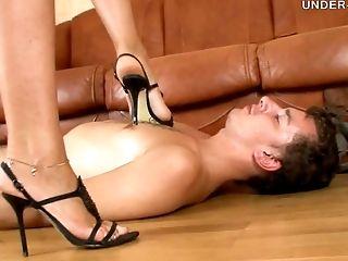 Amanda Just Loves Making The Pathetic Servant Slurp Her Feet
