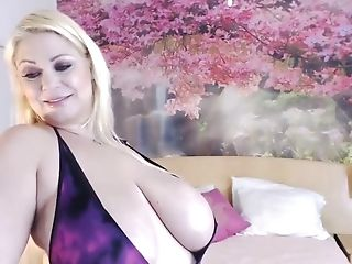Big Tits Mummy Taunting And Displaying Her Fun Bags