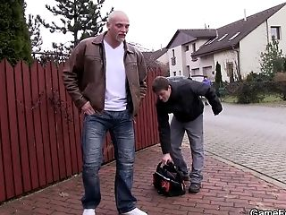 Big Man Entices And Fucks Car-repairs Hetero Man