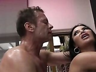 Spoiled Whore Jasmine Jae Gets Her Pierced Snatch And Bulls Eye Fucked
