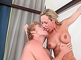 Lucky Man Gets To Fuck Two Gorgeous Blondes