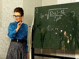 Ultra-kinky Professor Gets Messy With Her Students And Apply Colors All Over Themselves