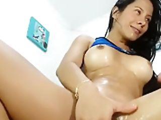 La Reina Del Squirt - Ciber Prostituta Colombiana - Latinlizzy