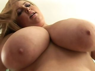 Dick Sucking Bbw Tart Sits On The Dick And Rails