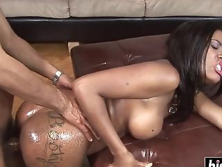 Stunning  Nubian Honey Makes Him Spunk Very Rapid