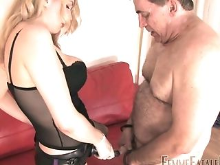 Whorish Mistress In Stockings Corset Eleise De Lacy Puts On Strap On Dildo And Penalizes Fat Stud