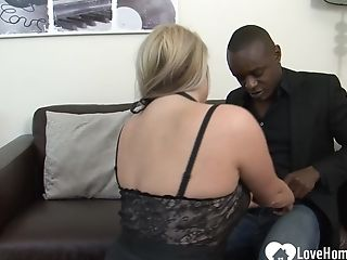 Big Bootie Blonde Loves His Black Cane