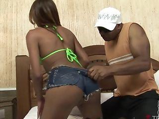 Chocolate-colored Fella Thais Ribeiro Making His Stunner Capoeira Shriek Sexily