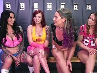 Lezzy Xxx Four-way With Cheyenne Jewel And Her Sporty Friends