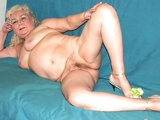 Hot Blonde Grannies Masturbates Her Big  Honeypot