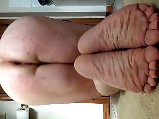 Shayna's Fuckhole And Feet