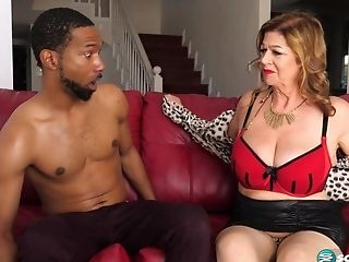 Old Gilf Brenda Douglas Gets Facial Cumshot Jizz Flow After Interracial