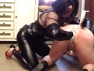 Domme And Old Bottom
