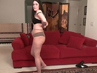 want hard cock sexy Frauen in Röcken looking explore and