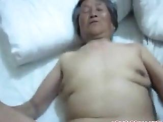 Vietnam Wifey Gets Fucked By Her Hubby In Sofa.