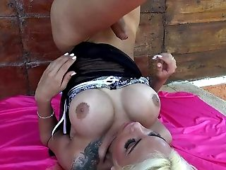 Angeles Cid Gives Herself A Tranny Facial Cumshot