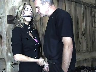 Gonzo Mouth And Honeypot Fucking And Bum Poking For Kali Kane