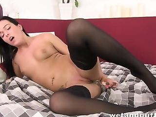 Nataly Bloo In Glad Bloo - Wetandpuffy