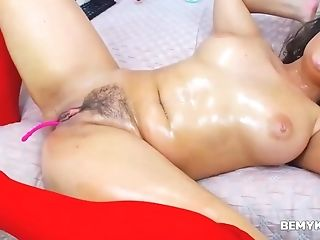 Chubby Dark-haired Coed Webcam Onanism Squirt