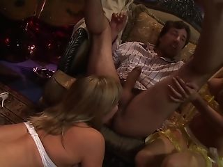 Hot Adrianna Nicole And One More Blonde Dame Love A Threesome