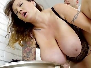Hypnotizing Gigantic Baps Of Hungarian Bbw Laura Orsolya Drive Man Crazy